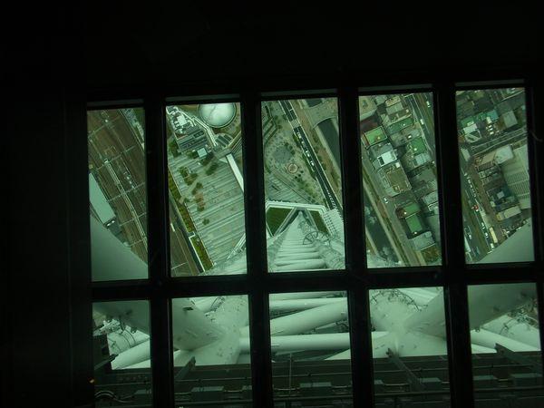 2012 06 05_1887.jpgガラス床.jpg