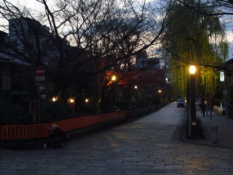 P1030491祇園.jpg